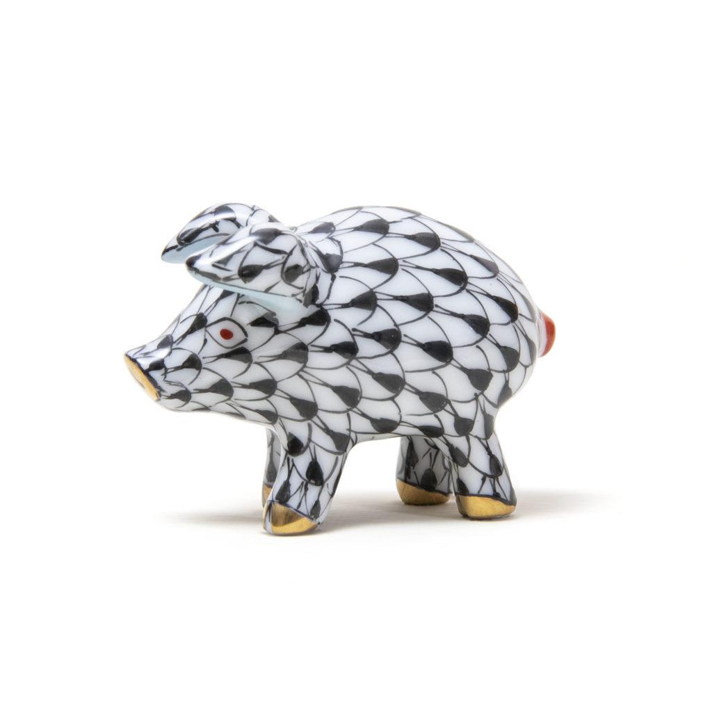 Small Black Pig 01 1024x1024