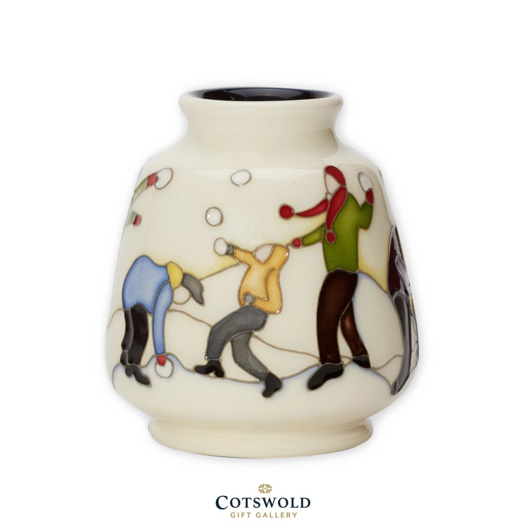 Moorcroft Christmas Snowball Battle 01 1024x1024