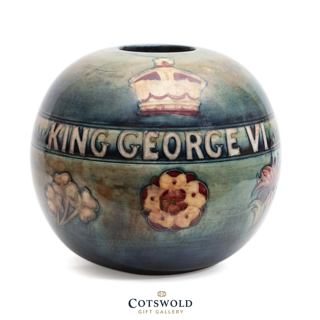 William Moorcroft Coronation Pipe Knocker 3 1024x1024