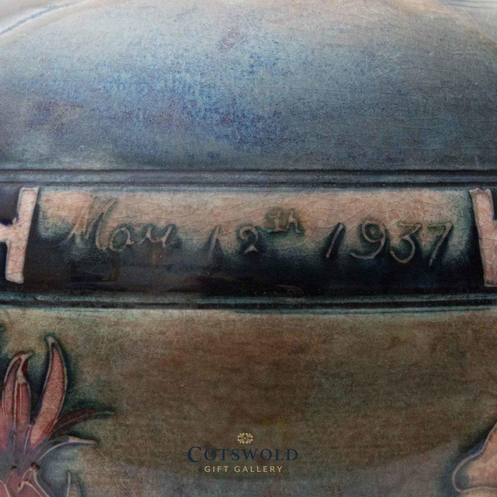 William Moorcroft Coronation Pipe Knocker 6 1024x1024