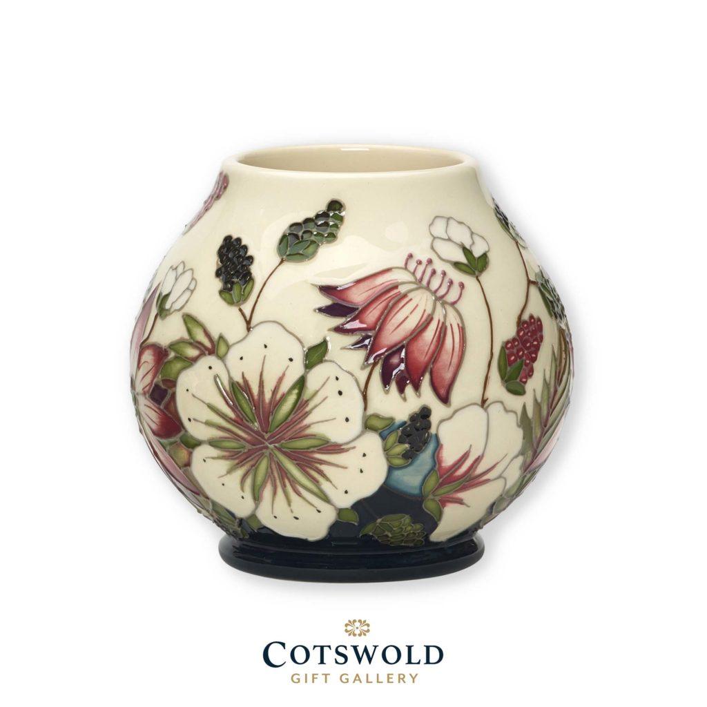 Moorcroft Pottery Bramble Vase Rm2 4 1024x1024