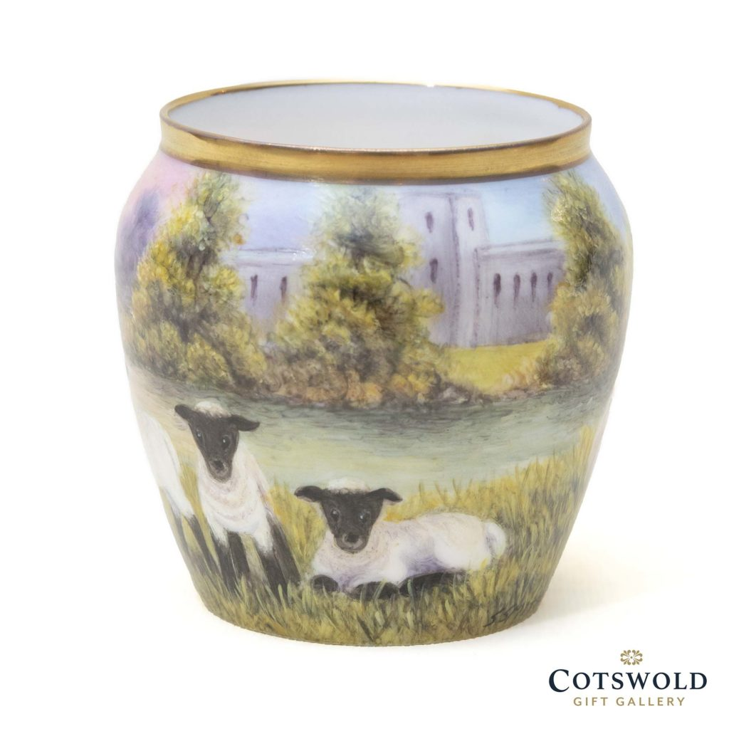 Steve Smith Miniature Sheep Vase 1 1024x1024