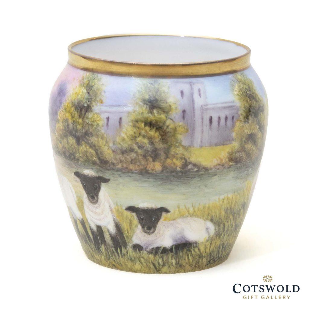 Steve Smith Miniature Sheep Vase 1 1024x1024