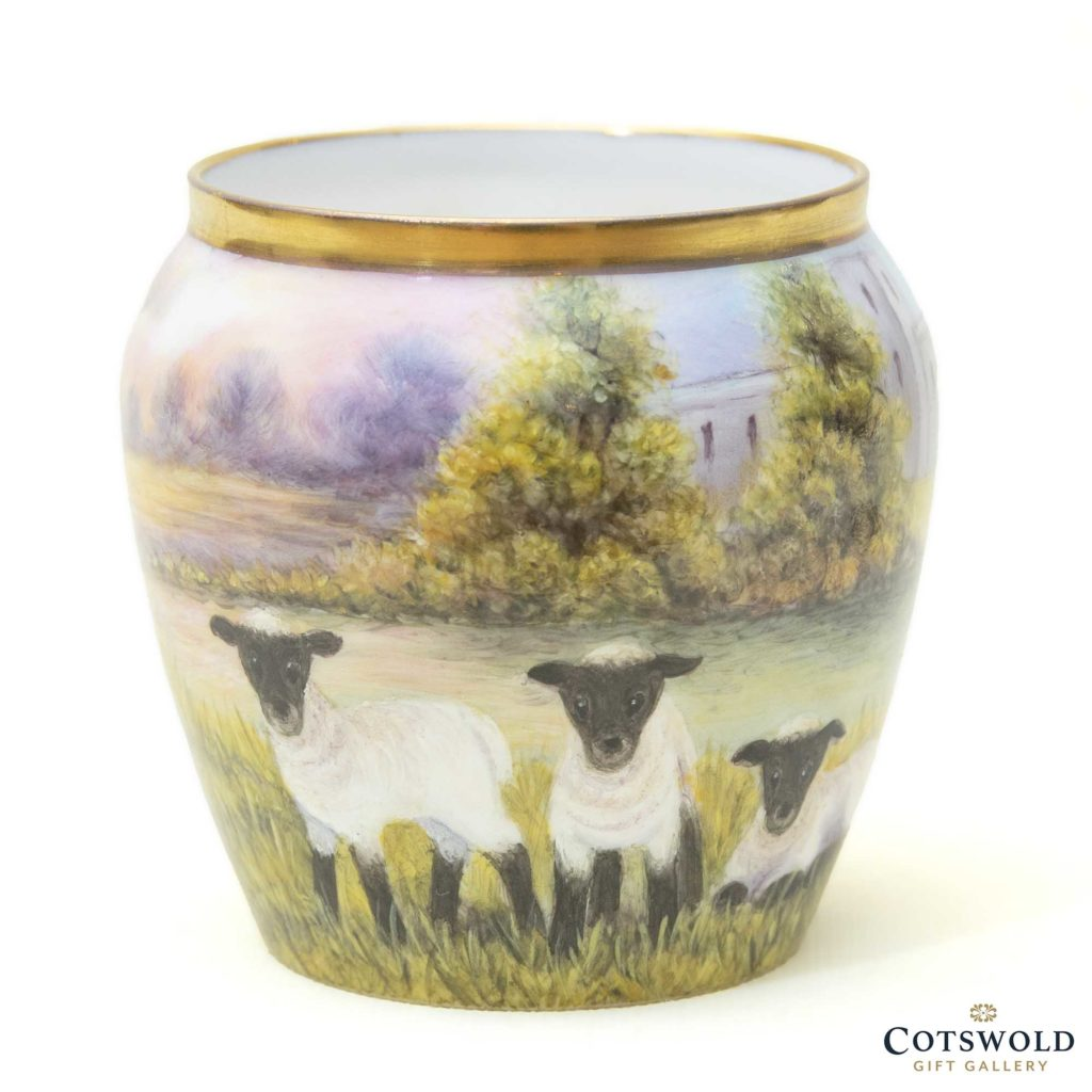 Steve Smith Miniature Sheep Vase 3 1024x1024