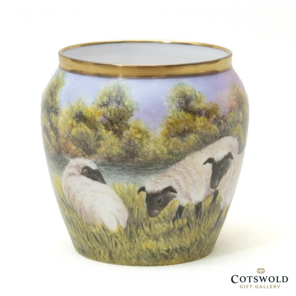 Steve Smith Miniature Sheep Vase 4 1024x1024