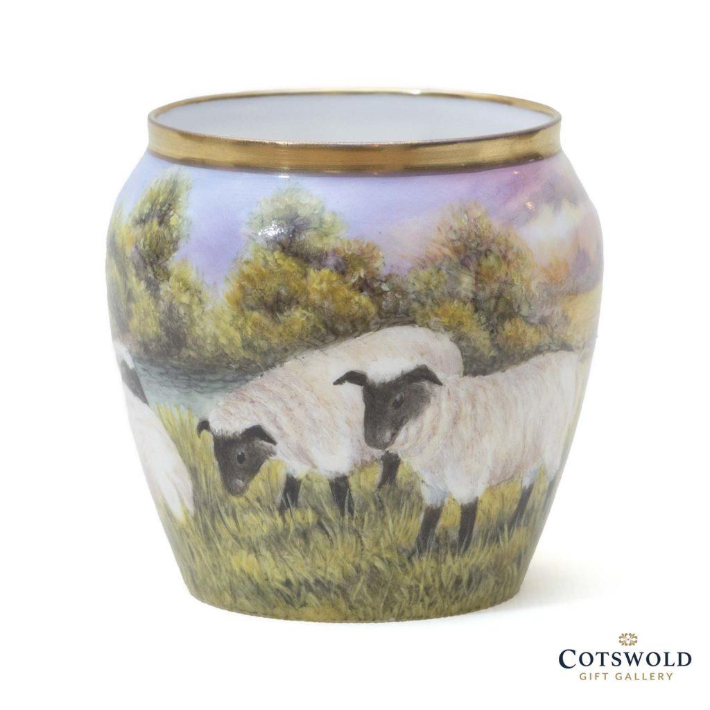 Steve Smith Miniature Sheep Vase 7 1024x1024