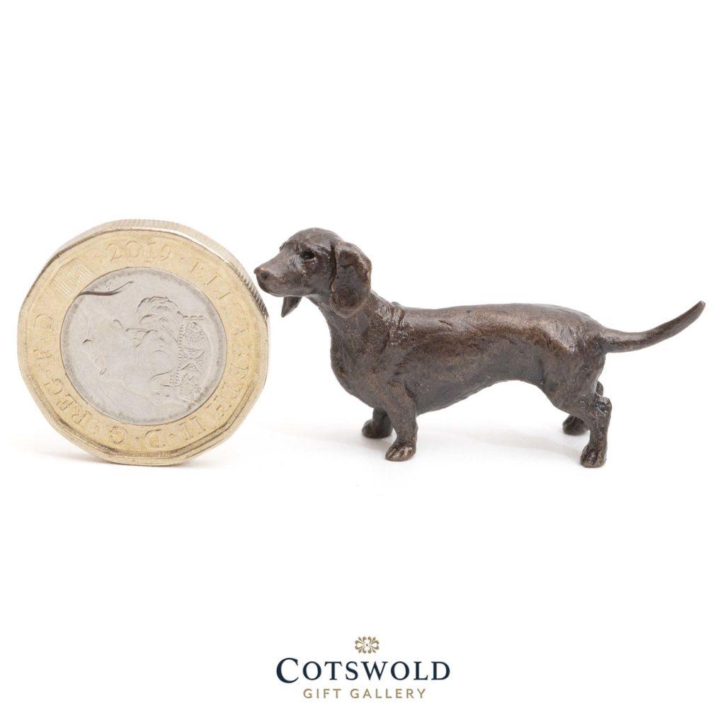 Richard Cooper Bronze Miniature Dachshund 1 1024x1024