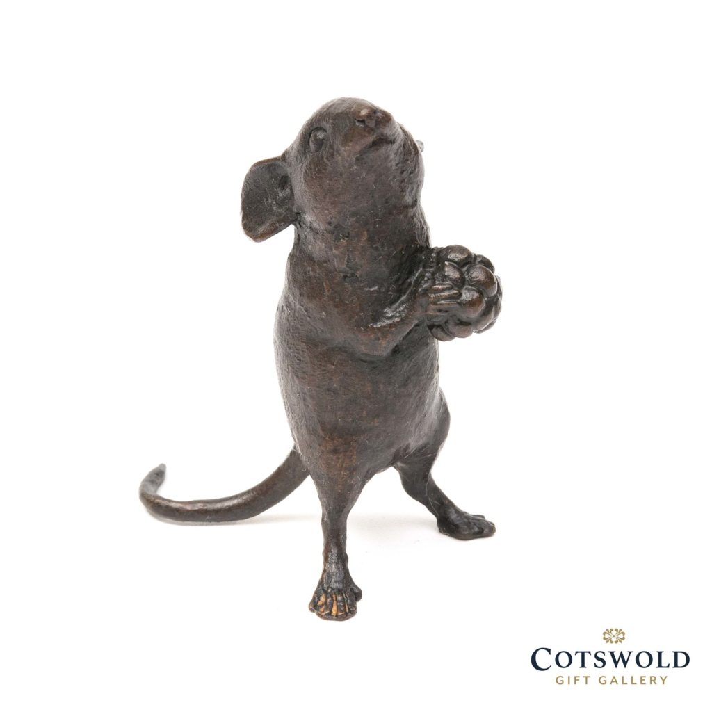 Michael Simpson Solid Bronze Mouse Holding Berry 3 1024x1024