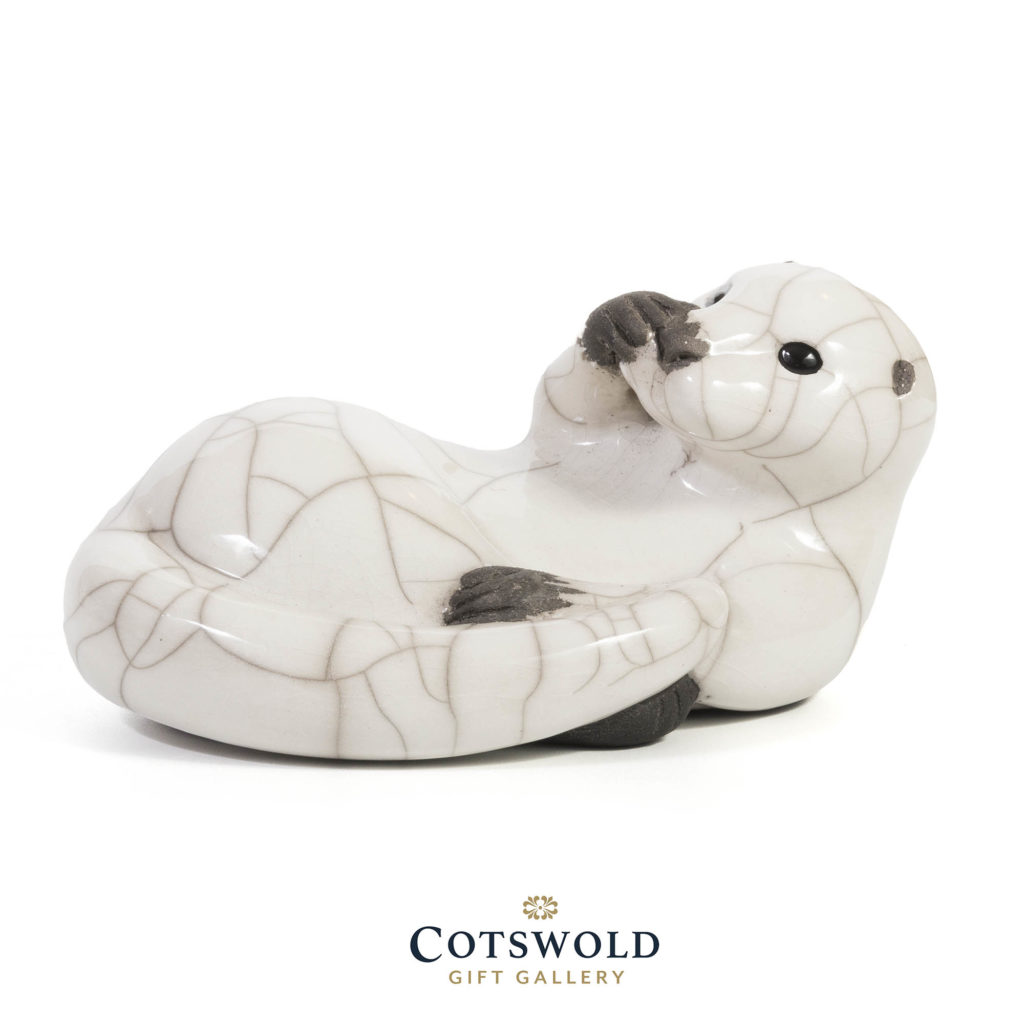 Chloe Harford Raku Washing Otter 1 1024x1024