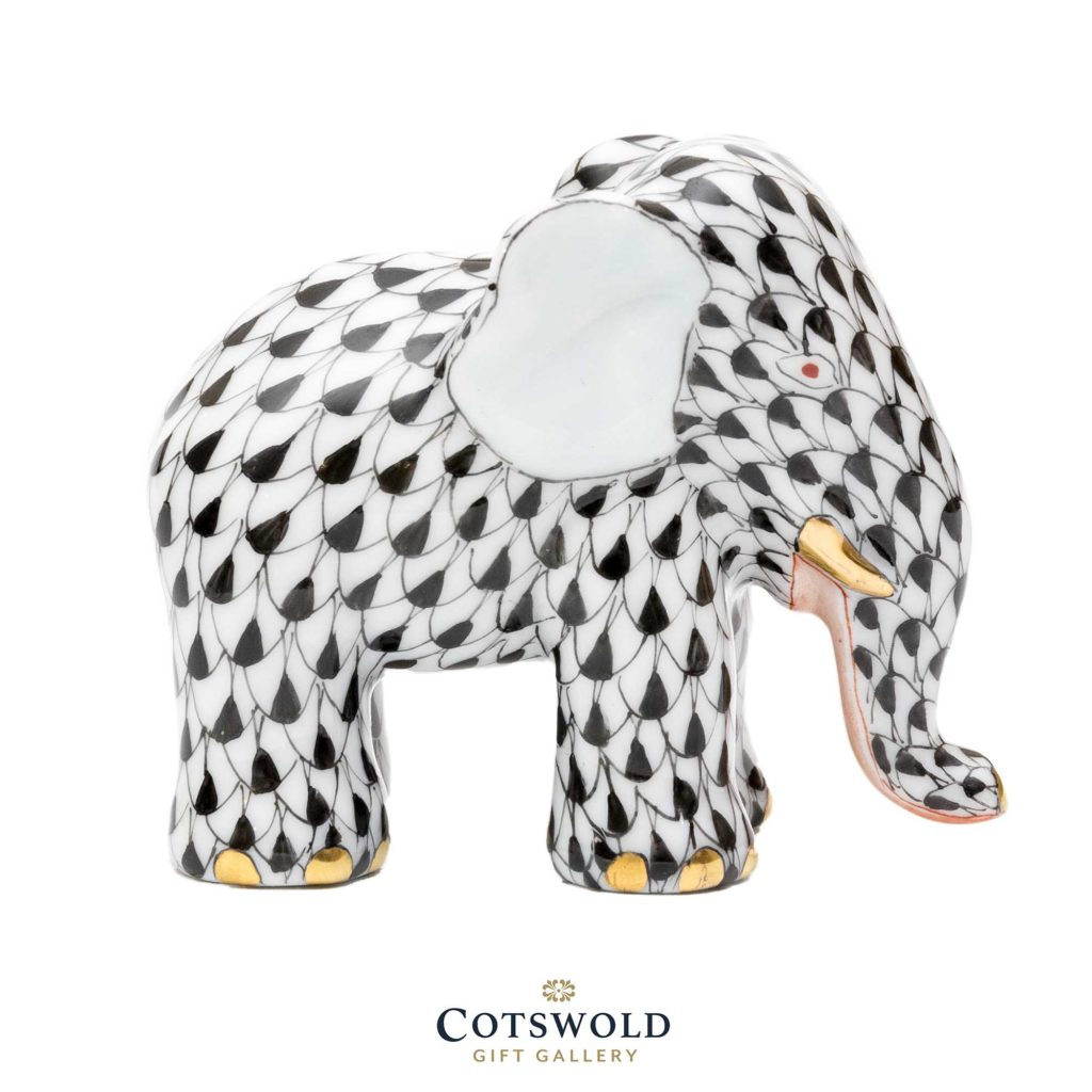 Herend Miniature Elephant Black 01 1024x1024