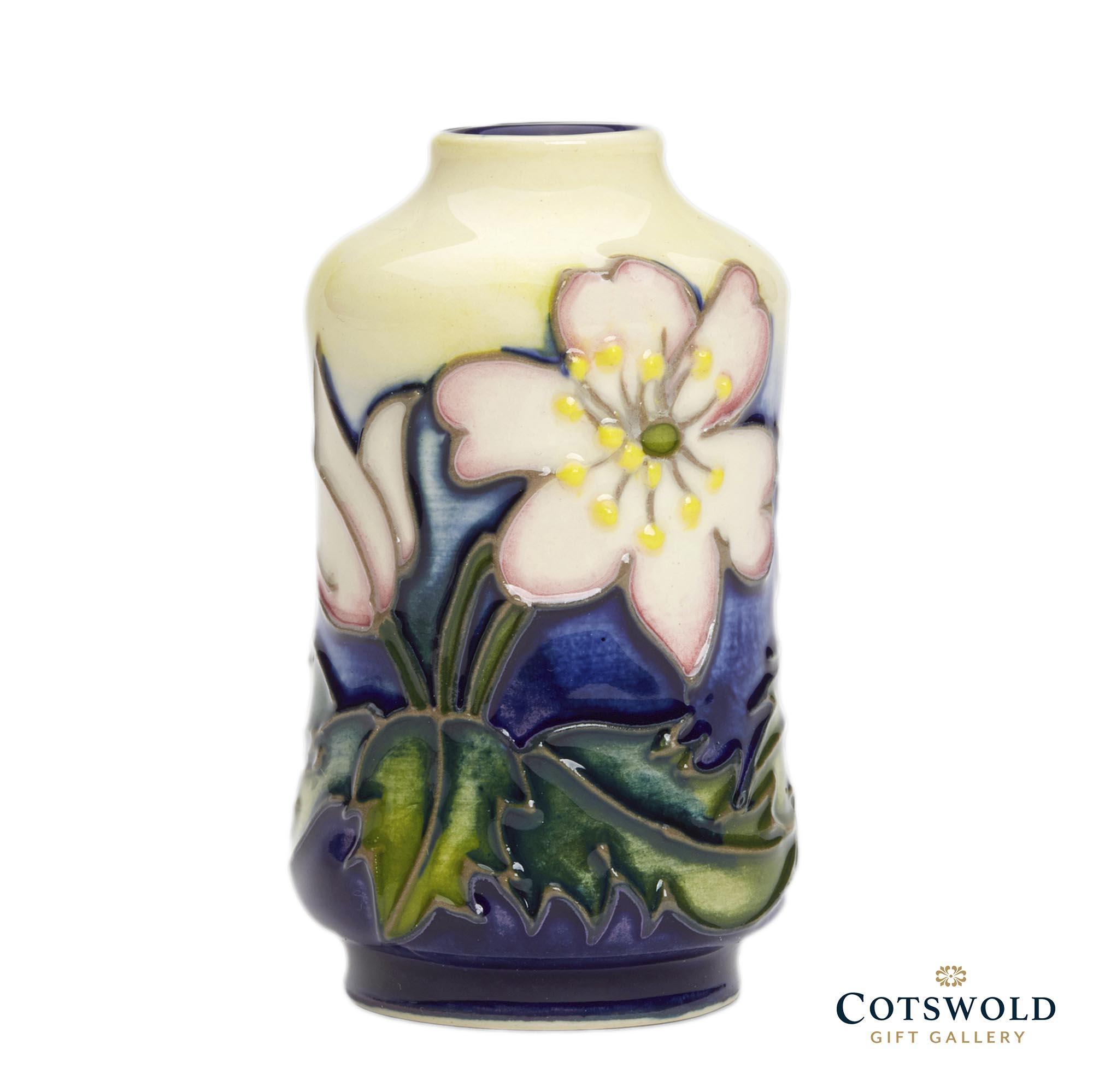 Moorcroft Pottery Floral Months Carpet Of Colour 7 1