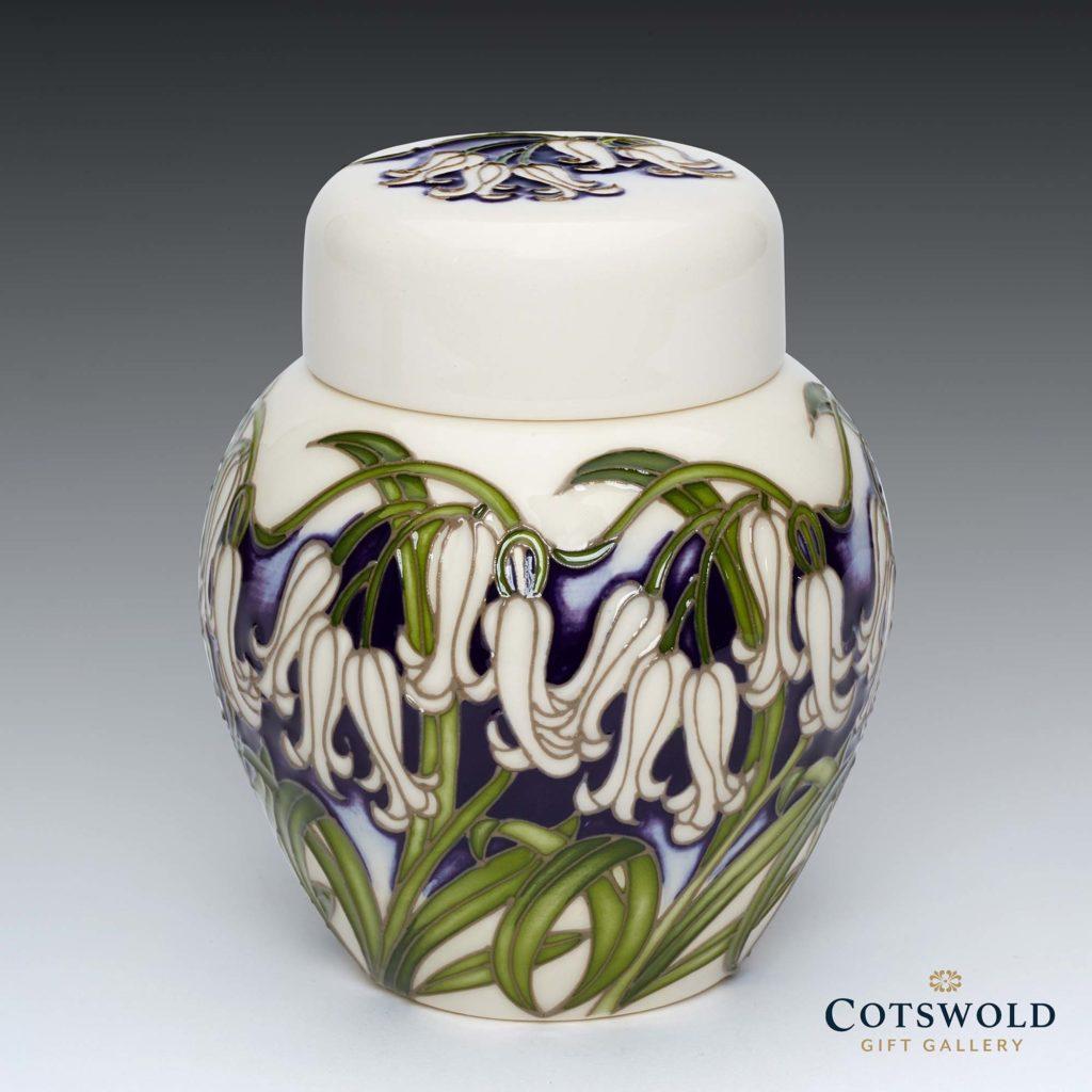 Moorcroft Pottery Albino Vase 7694 1 1024x1024
