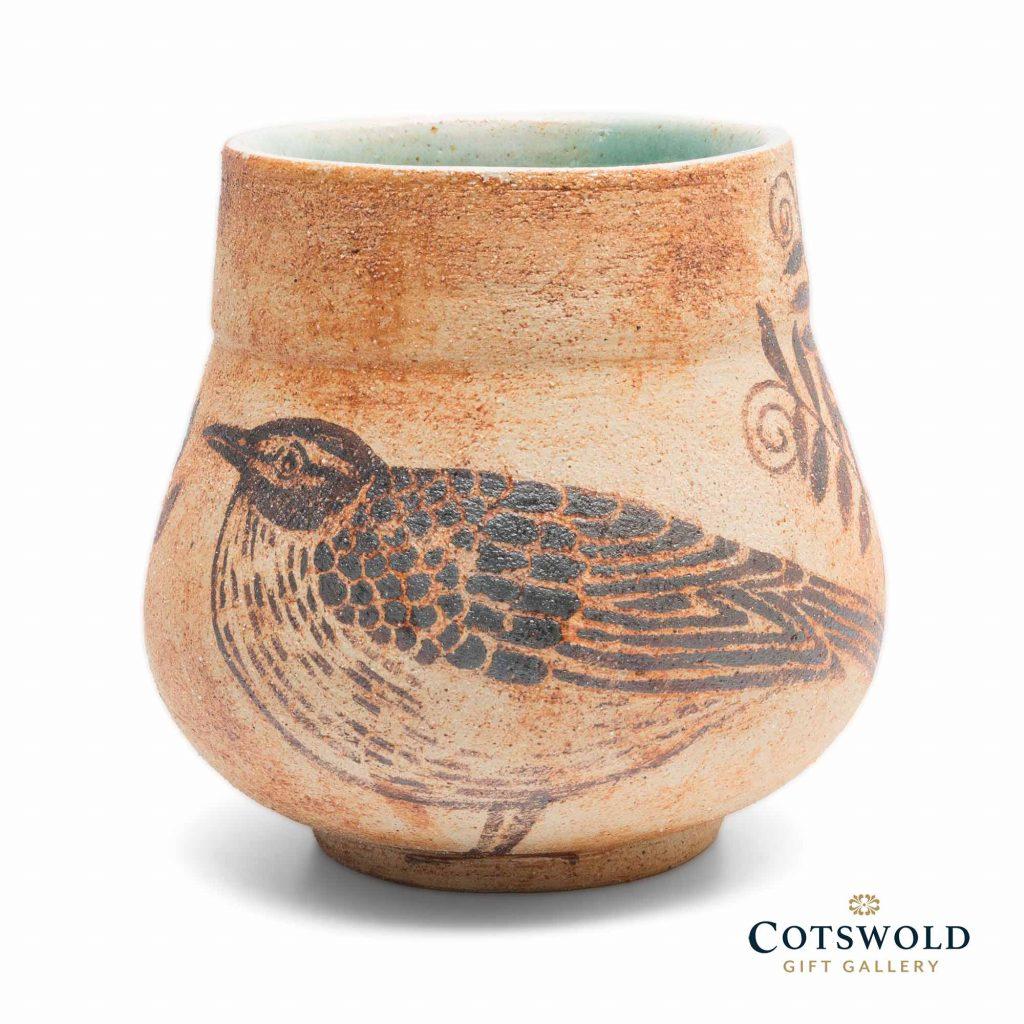 Michele Cowmeadow Thrush Vase 3 1024x1024