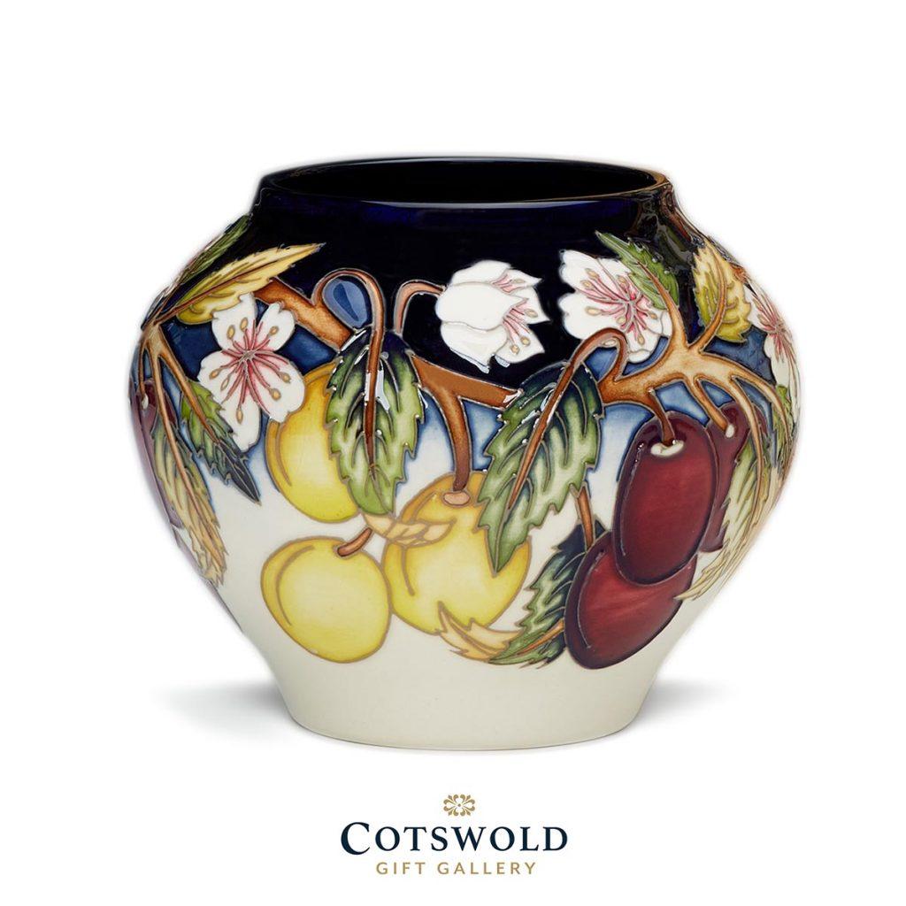 Moorcroft Pottery A Second Calling Ryden Cottage Vase 402 4 1024x1024
