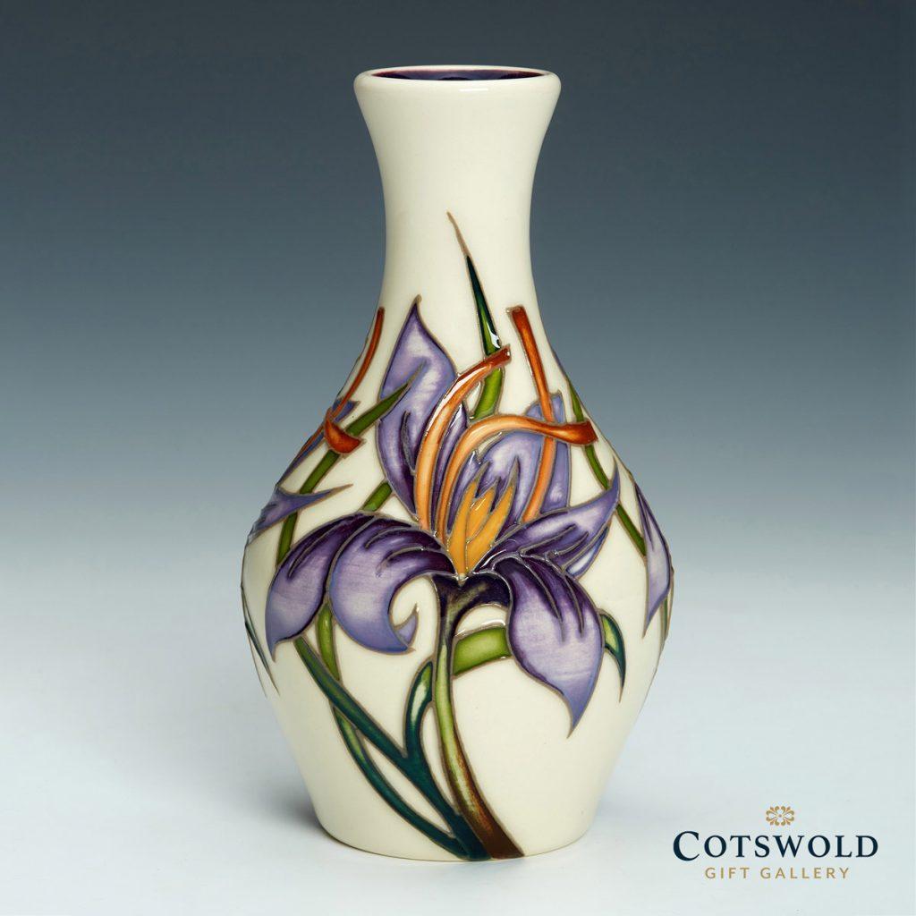 Moorcroft Pottery A Second Calling Saffron Gold Vase 372 5 01 1024x1024